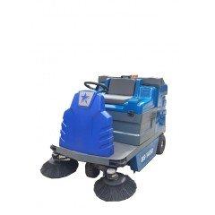 BS 1450 Akülü ve Binicili Süpürme Aracı