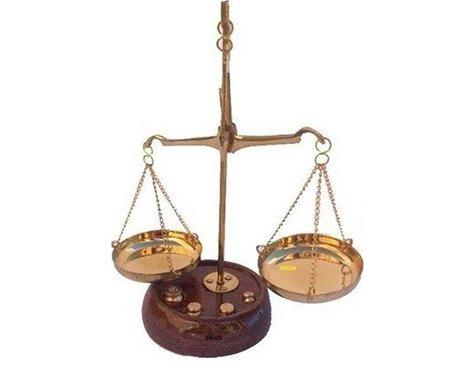 dekoratif ahsap adalet terazisi 10 gr