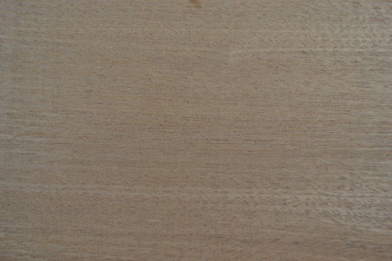 Sapelli Ağacı 32cm x 100cm x 3mm